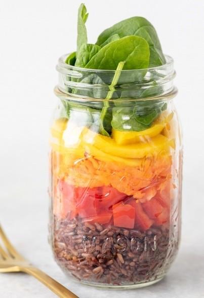 Regenbogensalat mit Rotem Reis