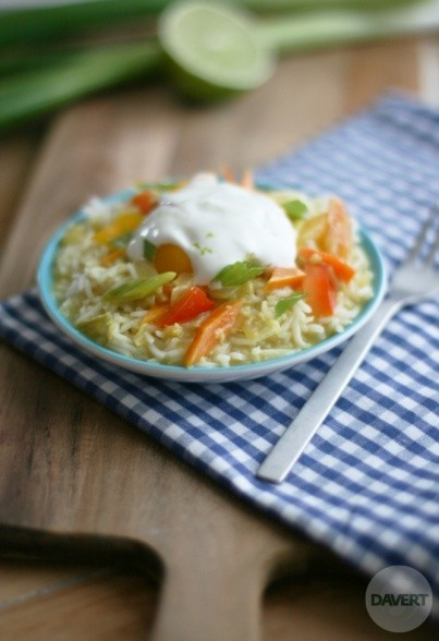 Gemüse-Curry mit Limetten-Dip